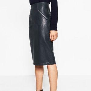 •ZARA•NWT Zara Black Faux Leather Pencil Skirt •XS
